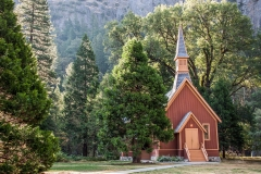 nature-landscape-photography-yosemite-national-park-california-chapel