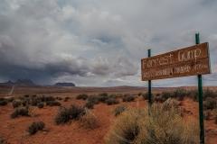 nature-weather-landscape-photography-monument-valley-utah-forrest-gump-sign